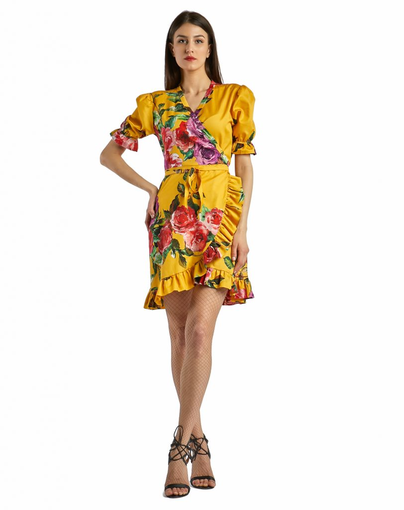St.Tropez yellow with roses